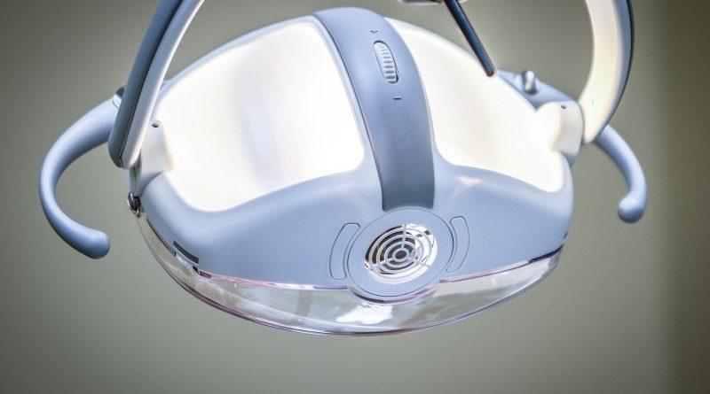 Frøhlich Tandlæger – få en effektiv og skånsom brobehandling